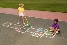 Go outside and play! / Fun outdoor ideas, games and DIYs to keep kids active!