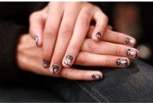 Honey | Nail Technician / Photographs of work created by nail technician Honey.