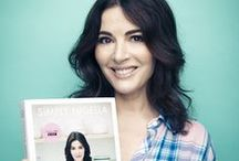"""Simply Nigella / """"Part of the balance of life lies in understanding that different days require different ways of eating…""""  Simply Nigella is the perfect antidote to our busy lives: a calm and glad celebration of food to soothe and uplift."""