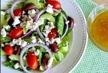 EAT//Salads! / by Erandi Velarde