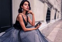 Chique / Beautiful elegant gowns and accessories that just take your breath away