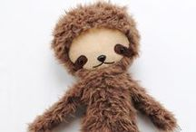 Sloth / Adorable sloths! Inspiration for crafts and home decor. Includes indie handmade makers.