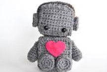 Robot / Cute and adorable robots. Inspiration for crafts and home decor. Emphasis on toys for kids and children. Includes indie handmade makers: art prints, knitted, crocheted, mixed media and sewn.