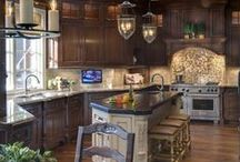 Interior Bliss: Kitchen / by Antionette Morrow
