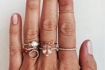 ADORN / Jewelry & Accessories