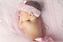 LBP I Newborn I What to Wear / Need help on what to dress your newborn in for photo shoot? Check out my inspirations on outfits and ideas :)