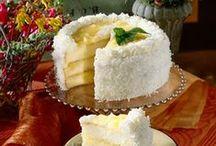 Cakes / by Rita Maria