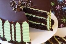 Yummy Desserts / by Danielle Mertine