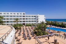 Hotel Servigroup Marina Playa**** / El Hotel Servigroup Marina Playa se localiza en Mojacar, en las proximidades del Parque natural de Cabo de Gata y del campo de golf Marina Golf. Un hotel de playa fantástico para disfrutar de una vacaciones increíbles. #hoteles #playa // The Hotel Servigroup Marina Playa is located in Mojacar, It is very close to Cabo de Gata Natural Park and Marina Golf course. A beach hotel to enjoy the #holidays. #Hotels #beach #Spain