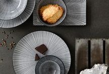 More┊Food styling Own work / Atmosphere is the cause, the feeling is the result. In this board full yummie food editorials I hope to inspire you with my work in food productions, images that appeals to inspire! As well in styling, color, feeling as in concept.  Tableware, decor, props, contrast, feeling, creative, concepts, themes, food, cake, pie, sweets