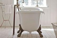 B U B B L E . B A T H S / good bath tubs. / by GIRLS PEARLS & POWDER