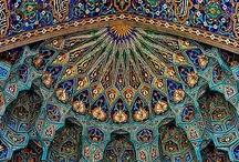 Islamic Art & Calligraphy / by Naseeba Khader