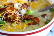 Soup, Stew and Chili Recipes / by Jill Ogdie