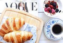 breakfast & brunch / by Brittany Ramsey