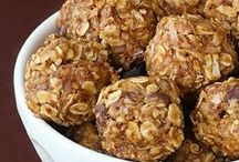 Recipes: Energy Balls, Bars, & Bites / Feeling drained? These Energy-packed recipes for energy bars, balls, and other treats will liven you right up!