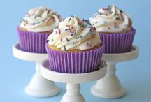 Sweet Tooth: Cupcakes / by Jennifer DeCapite