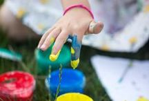 Fun Kids Crafts / Pull out the glue and get crafting with your kids! Fun activities you can DIY at the dining room table.