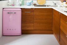 Kitchens / by Kelli Bump