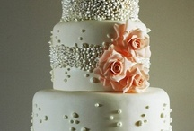 Wedding Cakes / by Melissa Penwell