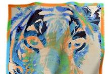 Online available / Available online @ www.loup-noir-shop.com