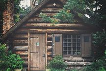 cottage & cabin / Rustic home design and decor ideas for your mountain cabin or beach cottage.