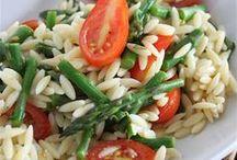 Vegetarian Food / by Mary Ricciuto