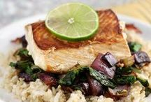 Salmon Recipes / Easy and healthy salmon recipes - baked, grilled, pan seared, brown sugar, teriyaki etc.