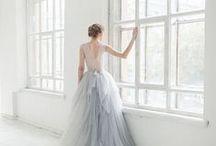 Платье невесты / Bride dress / Подписывайтесь на наши доски. Мы внимательно следим за свадебными трендами и публикуем только стильные и нетривиальные свадебные образы.