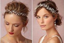 Свадебные прически /Wedding Hairstyle / Подписывайтесь на наши доски. Мы внимательно следим за свадебными трендами и публикуем только стильные и нетривиальные свадебные образы.