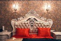 """Номер люкс """"4"""" свадебного отеля """"Питер Hotels"""" / Номер luxe №4 отеля """"Питер Hotels"""" оформлен в благородной золотисто-кофейной гамме. Интерьер дополняет художественная мебель в историческом стиле и зона джакузи. Подогрев полов не позволит замерзнуть вам даже самой лютой зимой, а кондиционер спасет от жары летом."""