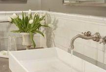 Decor - Bathroom / by Lana Johnson