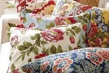 Pillow Talk / It's easy to change your seasonal decor with decorative pillows