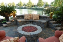 Outdoor Living / by Laurie Wilson