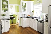 House - Kitchen Inspiration / by Tamara Ryder