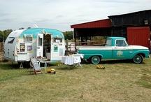 Vintage Camper Love / by Michelle Hughes {Vintage Junky}