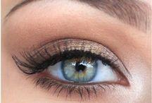 Makeup hints & tricks / by Jessica Sinnett