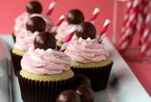 Gourmet Cupcake Recipes / by Ana Jiménez
