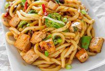 Tofu, Seitan, Faux Sho Meatless Goodness / by Ashley Nebel