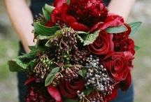 wedding flowers / by Nickey Guertin