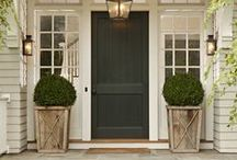 CURB APPEAL / by Jennifer Liang