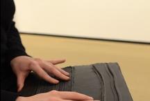 """Visites aveugles expo """"Soulages XXIe siècle"""" sam 24 nov 2012 / Quelques images des outils utilisés lors de la visite de l'exposition Soulages, conçus et réalisés en interne par le service culturel du musée"""