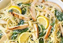 Chicken / Chicken recipes you'll love! Lots of easy dinners and ways to jazz up chicken!