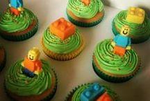Cupcakes / by Eloise van Tonder