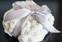 (cube) Floral Ring Bearer Pillow