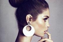Makeup and Hair / by Chloé Logan