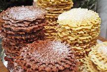 Cookies / by Cristal Goetsch