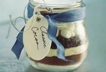 EDIBLE GIFT GIVING / EASY MADE GIFT GIVING / by Margaret Richardson