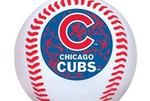 HOLIDAY MUST-HAVES / Give the gift of your favorite Chicago team merchandise this holiday season!