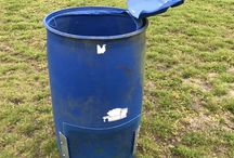 Compost Bin / I am using this compost bin after Spinning Composter and before using the humus. Trying tempt some worms cooperation.