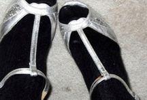 Zapatos, zapatos y más zapatos! / by Priscila Quiroz